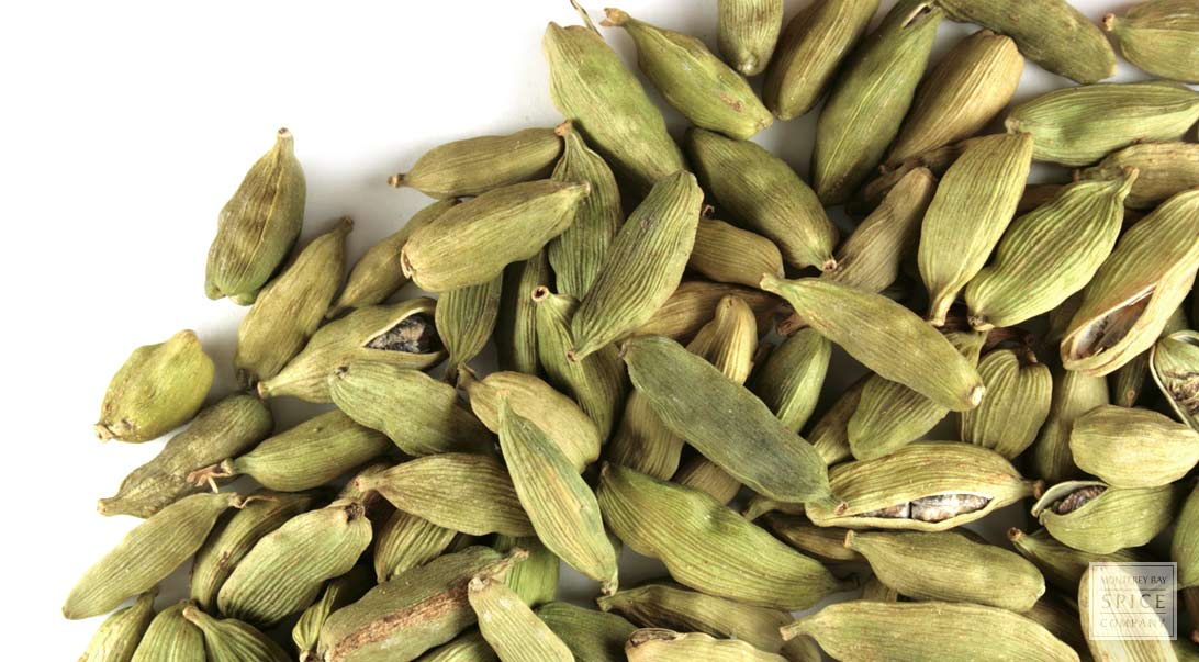 Cardamom (green pods), whole Organic